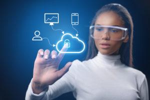 Digitale gevaren en risico's; dit moet je er als secretaresse mee